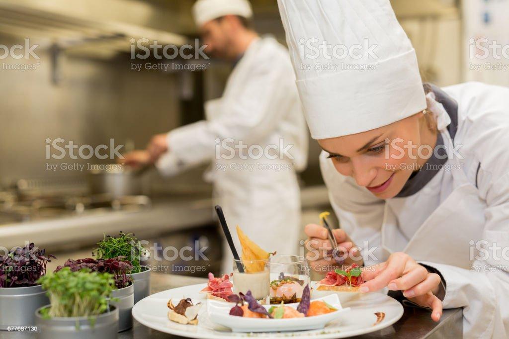 Kết quả hình ảnh cho chef istockphoto