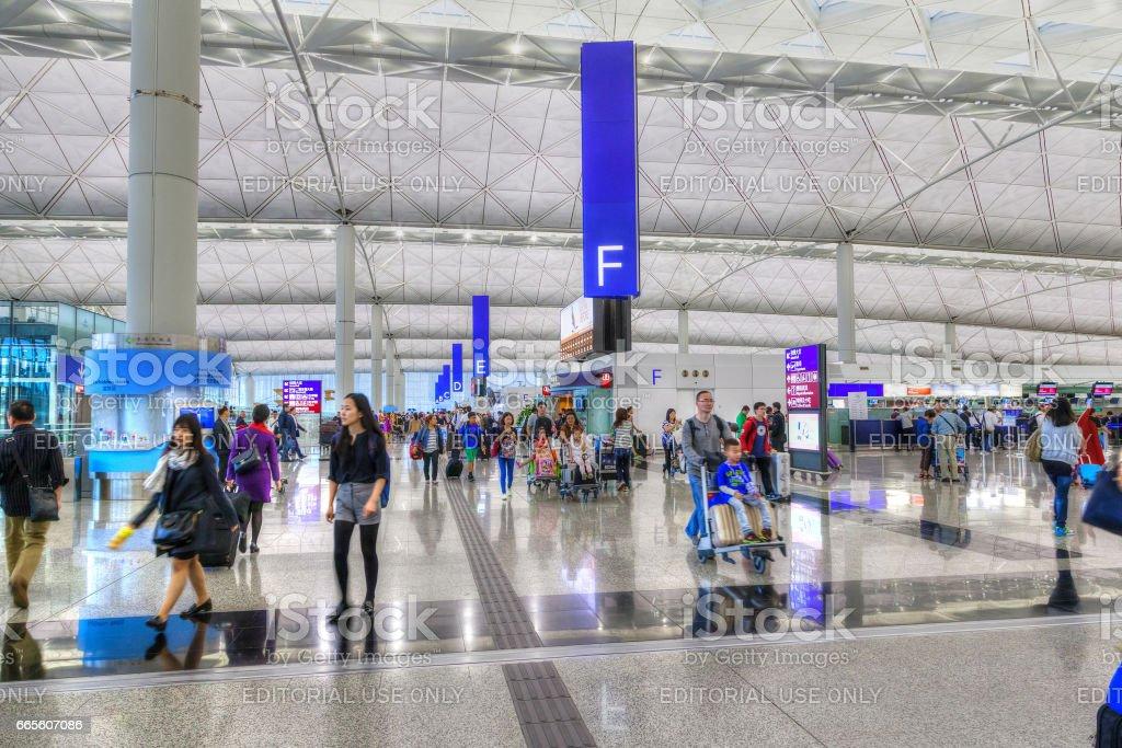 Aeroporto Internacional Chek Lap Kok em Hong Kong - foto de acervo