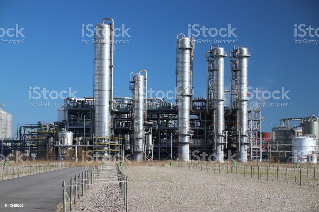 Chemische fabriek in de Botlek in de Rotterdamse haven de theoretische foto