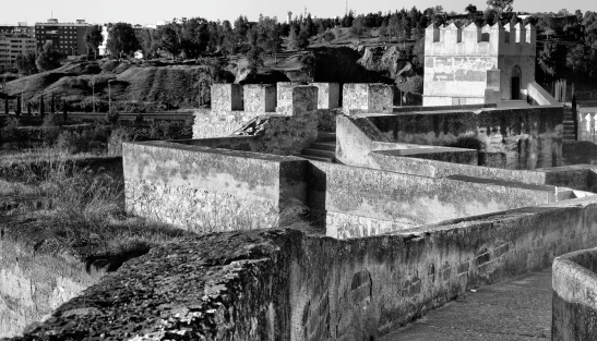 Chemin de ronde, Badajoz muslin fortifications