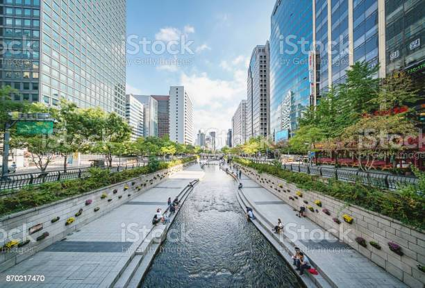 Cheonggyecheon Stream In Seoul City South Korea Stock Photo - Download Image Now