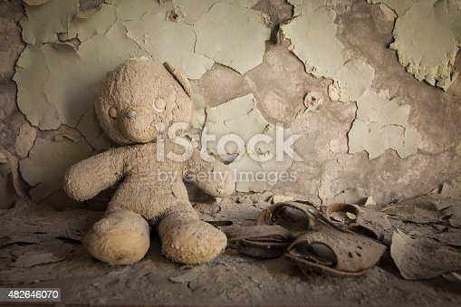istock Chernobyl - Teddy bear in abandoned house 482646070