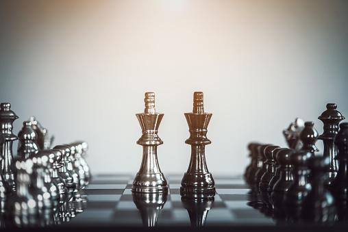 Schaken Bordspel Voor Ideeën Concurrentie En Strategie Business Succes Concept Stockfoto en meer beelden van Achtergrond - Thema
