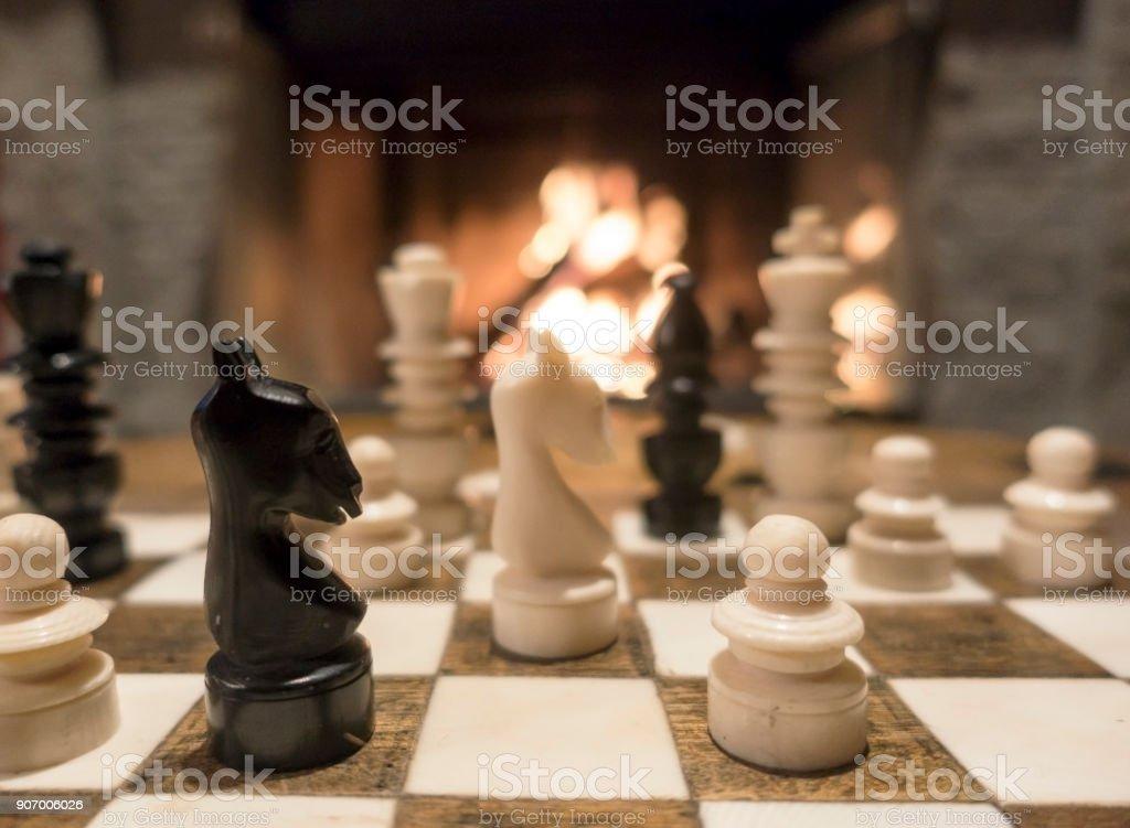 Schach am Feuer – Foto