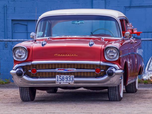 1957 chevrolet bel air 4 door sedan - 2010 foto e immagini stock
