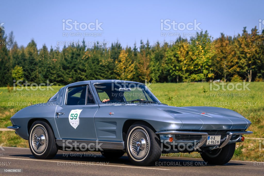 1963 Chevrolet Corvette Oldtimer Auto Stockfoto Und Mehr Bilder Von 1963 Istock