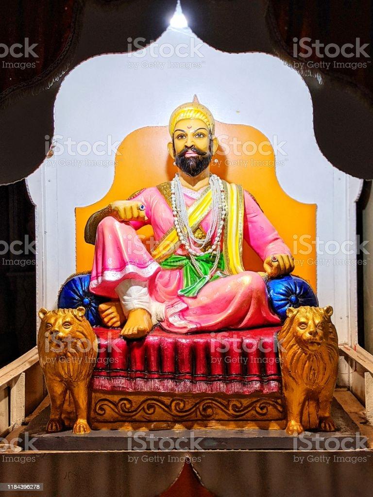 Chhatrapati Shivaji Maharaj Statue Große Maratha Krieger Stockfoto ...