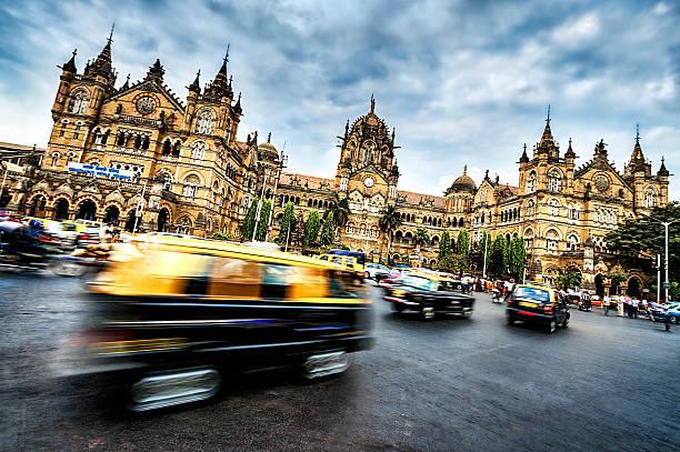 chhatrapati shivaji terminus - mumbai stockfoto's en -beelden