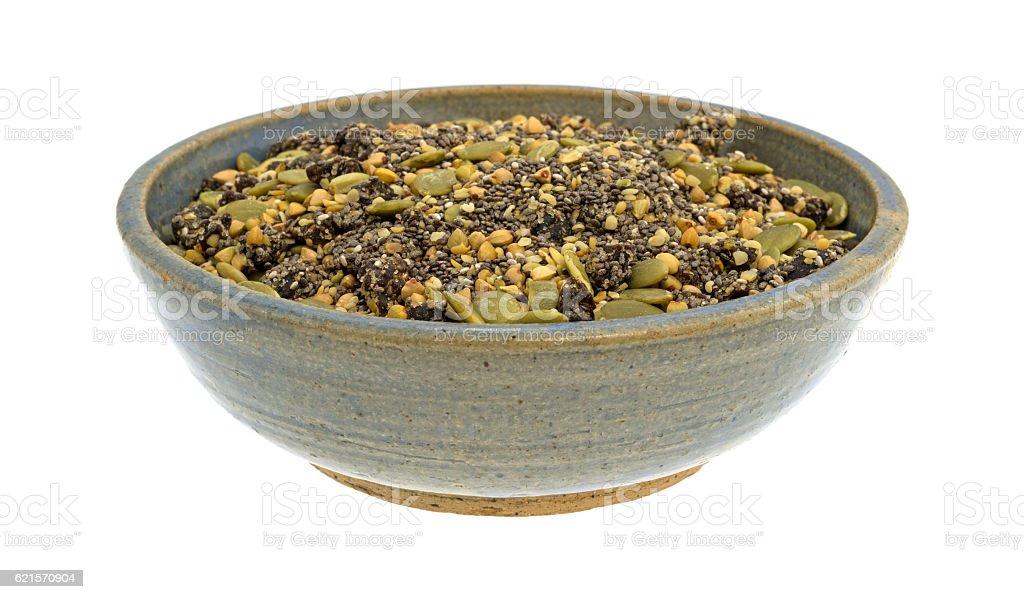 Chia canneberges et de graines de courge dans le bol de céréales de petit déjeuner photo libre de droits