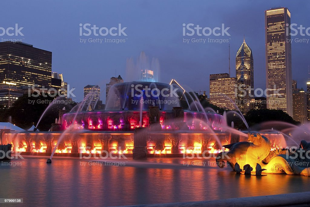 chicago buckingham fountain night skyline horse water color building chicagoland royalty-free stock photo