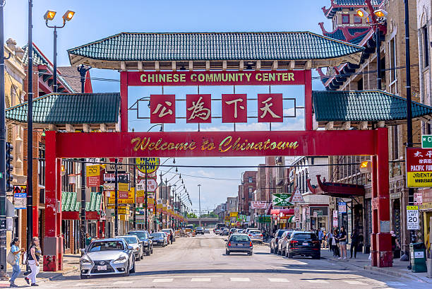 chicago chinatown - chinatown stockfoto's en -beelden