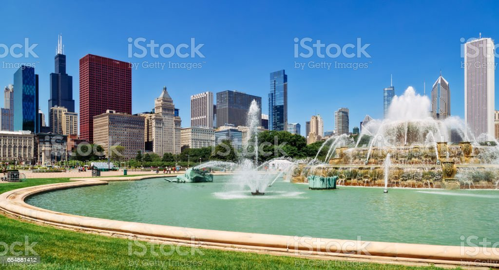 Chicago cityscape and Buckingham Fountain stock photo