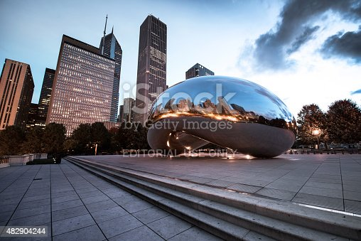 istock Chicago Cloud Gate 482904244