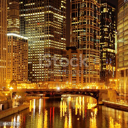 483312814 istock photo Chicago downtown and River at night 494727244