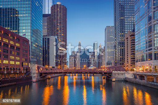 483312814 istock photo Chicago Downtown. 629767858