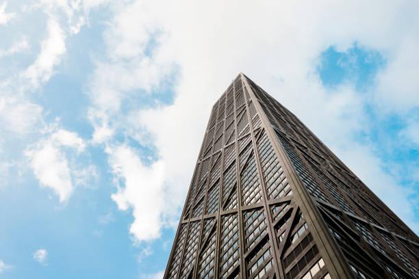 chicago illinois hancock edificio hito arquitectura vista de ángulo bajo - edificio hancock chicago fotografías e imágenes de stock
