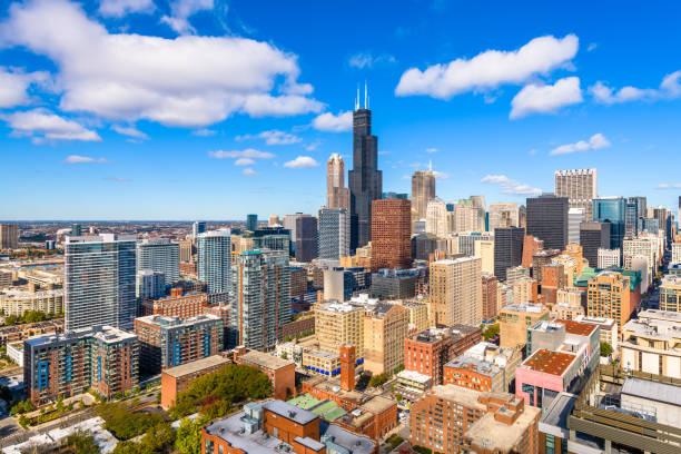 skyline del centro de la ciudad de chicago, illinois, estados unidos desde arriba - chicago illinois fotografías e imágenes de stock