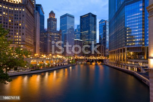 istock Chicago, Illinois, USA 166074115