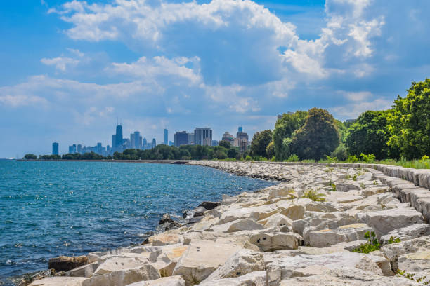 chicago lakeshore - lakeshore stock photos and pictures