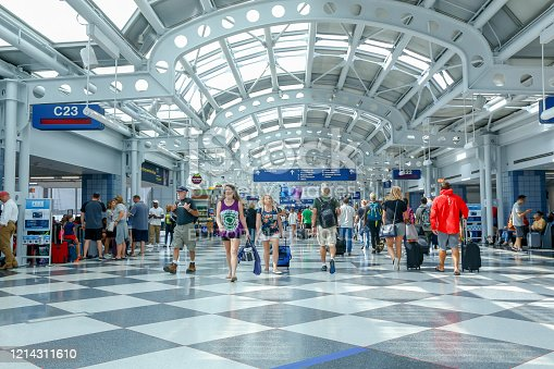 istock Chicago O'Hare airport 1214311610