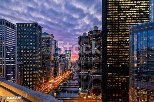 Beautiful Sunset over Chicago Riverwalk - Cityscape