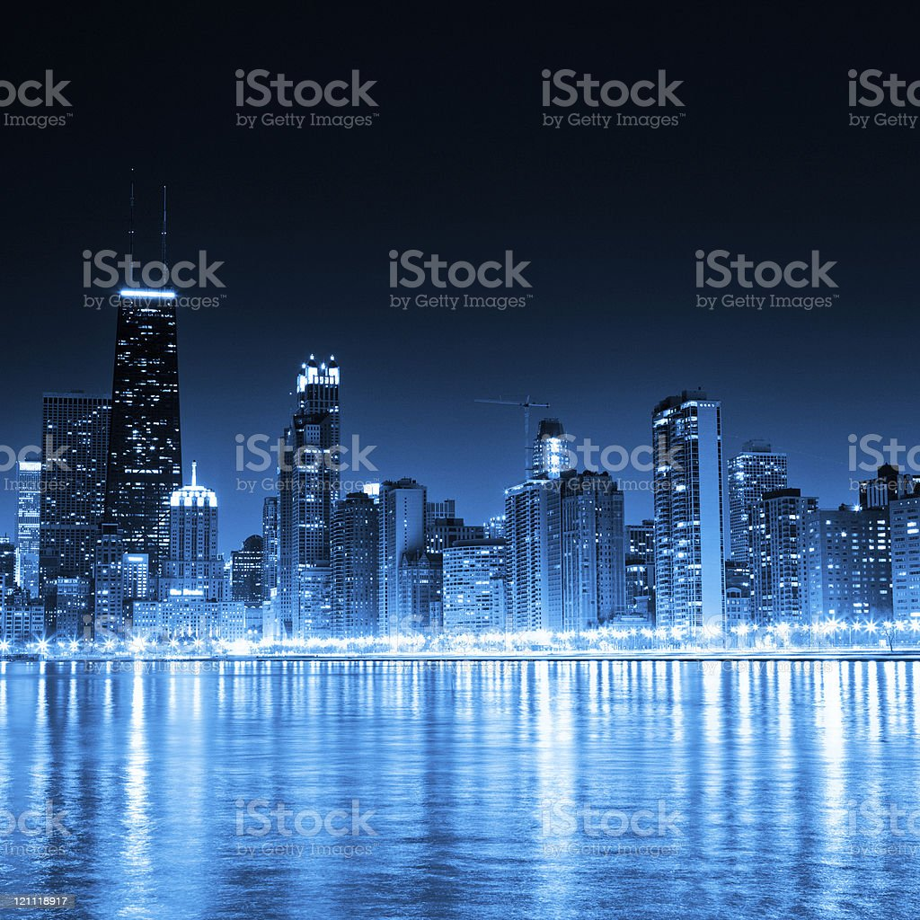 Chicago skyline by night royalty-free stock photo
