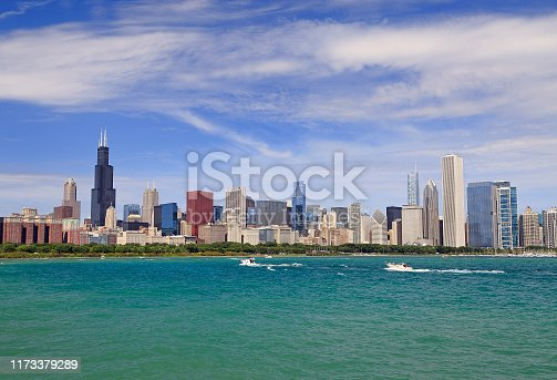 Chicago skyline with Lake Michigan on the foreground, IL, USA