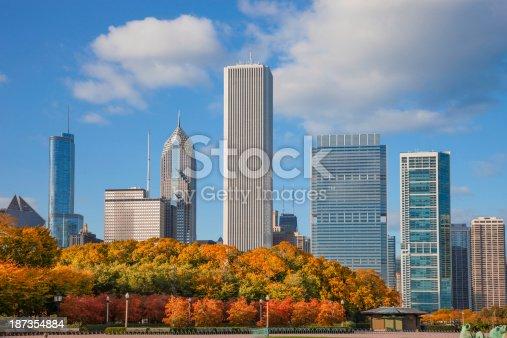 852738732istockphoto Chicago Skyline,IL 187354884