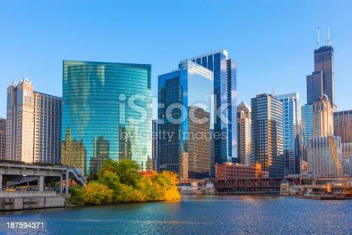 852738732istockphoto Chicago Skyline,IL 187594371
