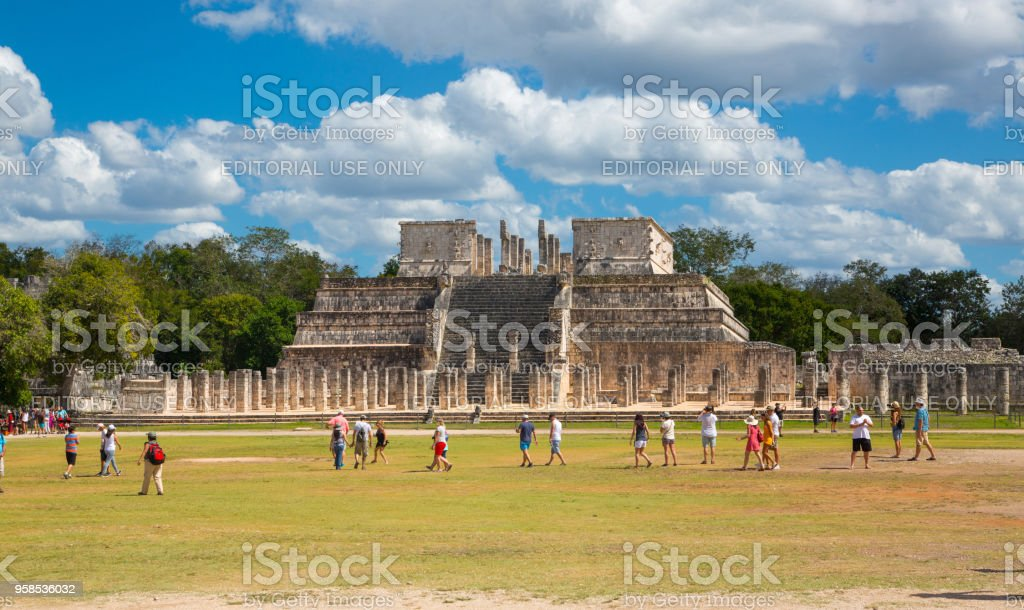Chichen Itzá, Yucatán, Temple of the Warriors with One Thousand columns gallery. Kukulcan El Castillo stock photo
