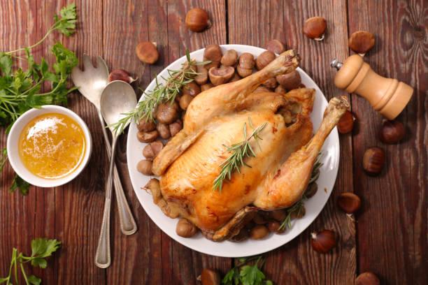 chicken and chestnut for christmas - peru carne branca imagens e fotografias de stock