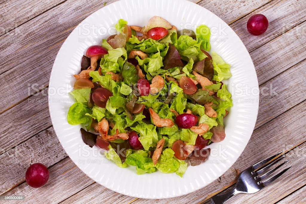 Chicken and red grape salad royaltyfri bildbanksbilder