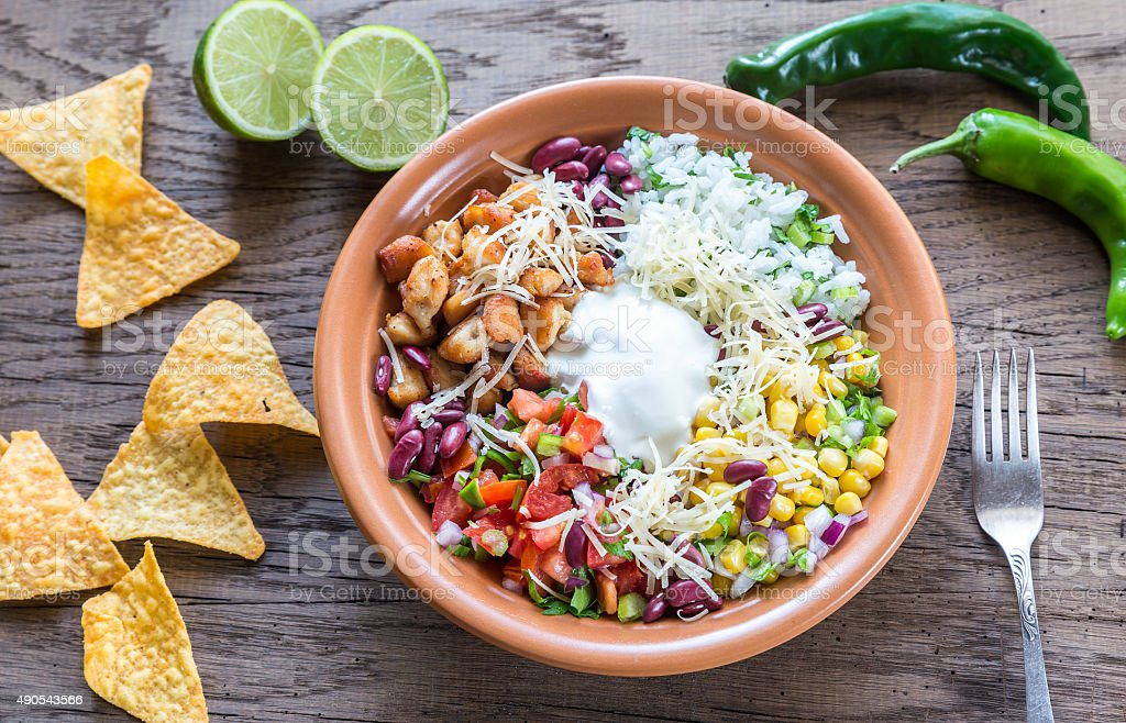 Pollo burrito bowl - foto de stock