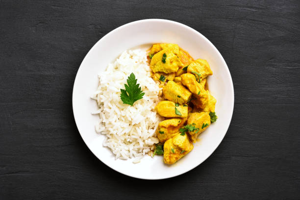 chicken curry with rice - curry zdjęcia i obrazy z banku zdjęć