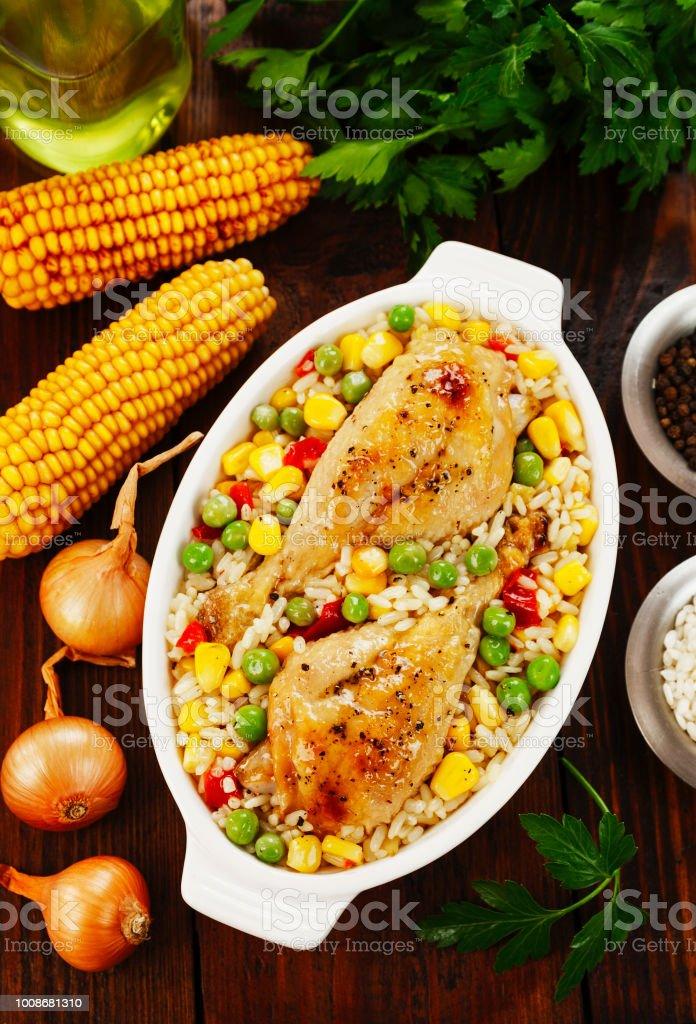 Muslos de pollo al horno con verduras