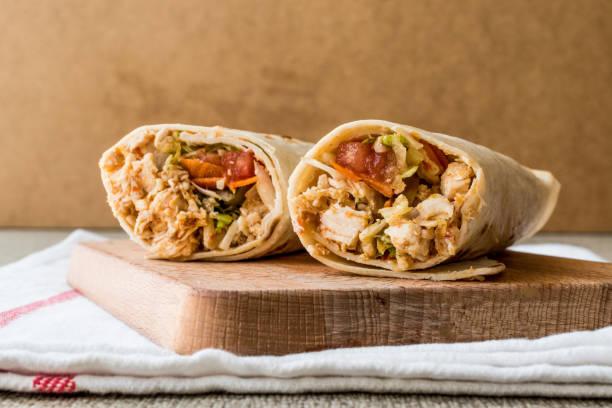 Galinha shawarma duro doner kebab cópia espaço. - foto de acervo