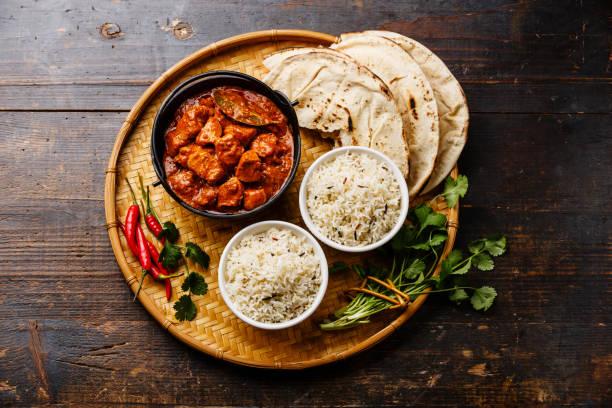 carne de curry picante de pollo tikka masala - comida india fotografías e imágenes de stock