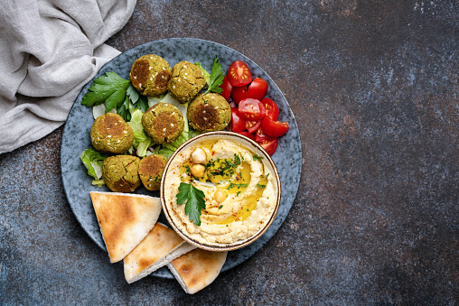 Chickpea hummus with falafel and pita bread