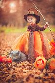 istock Child celebrating Halloween 485143358