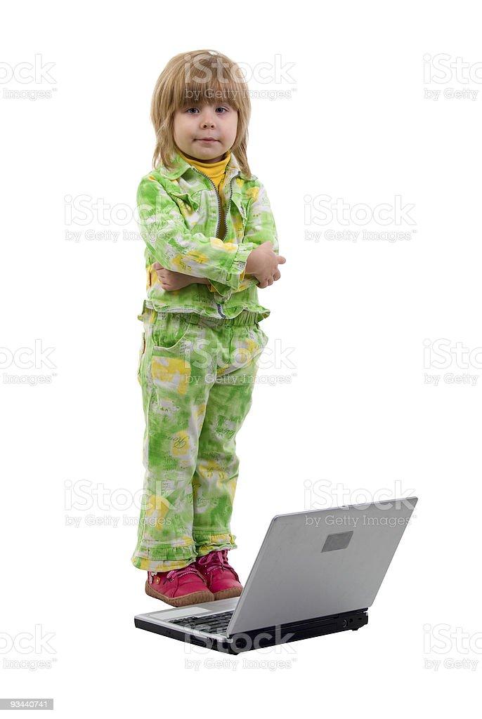 Kind Mädchen und ein Notebook. Lizenzfreies stock-foto
