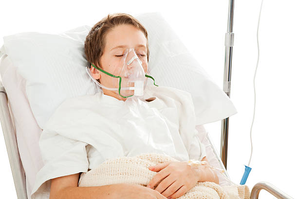 Child in Hospital  respiratory disease stock pictures, royalty-free photos & images