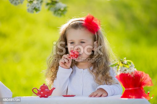 1008826222istockphoto child in the garden 480491734