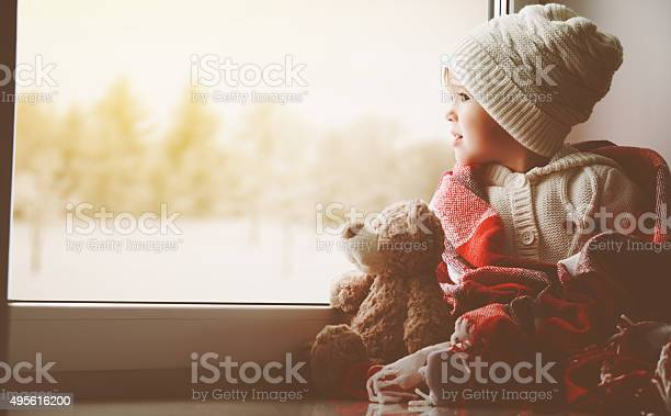 Child little girl with teddy bear at window picture id495616200?b=1&k=6&m=495616200&s=612x612&h= 4aqzg7j4ubvbceqpax3ohfrkdcxolunmpzsyzydtti=