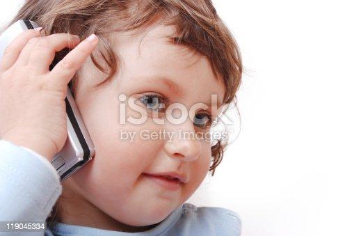 istock Child phone 119045334