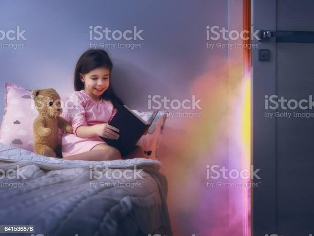 Child reading a book picture id641536878?b=1&k=6&m=641536878&s=612x612&h=loj4ui5v zjovz mellzgkchaypqqxrkeigqrw zh3m=