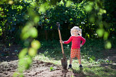 istock child ready to dig 137166841