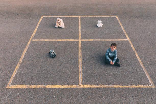 Kinder-Sozial-Entsende in der Box – Foto