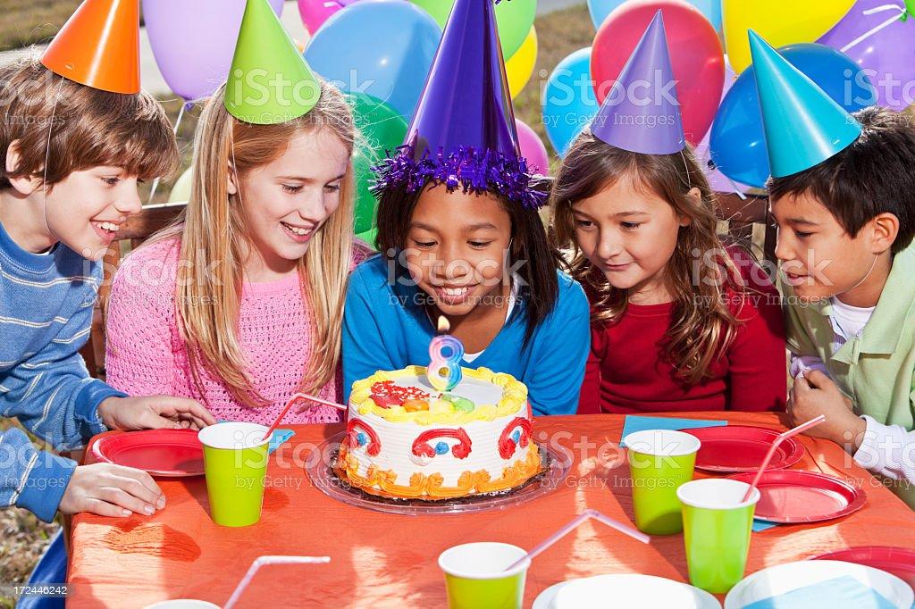 En fiesta de cumplea os para ni os fotograf a de stock y - Cumpleanos para ninos de 10 anos ...