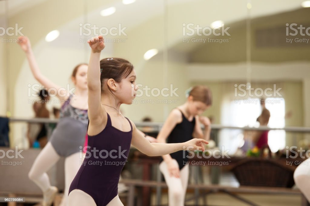 children ballet dancers rehearse a theatrical performance - Foto stock royalty-free di 10-11 anni
