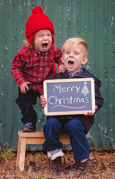 crianças que choram para fotos de natal - imagens de lagrimas - fotografias e filmes do acervo